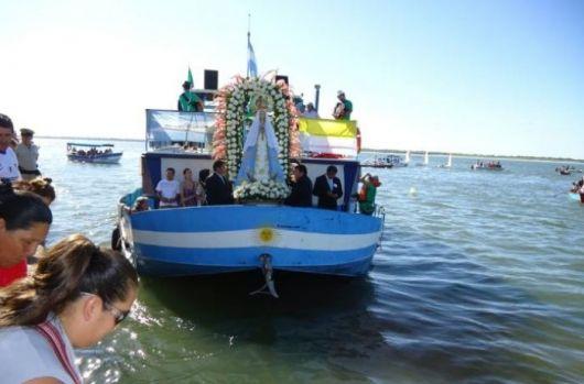 Peregrinación Náutica como inicio de la Fiesta Nacional del Chamamé