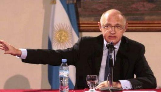 Argentina repudia las amenazas del primer ministro británico