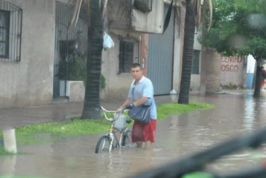 Más de 500 evacuados por las tormentas