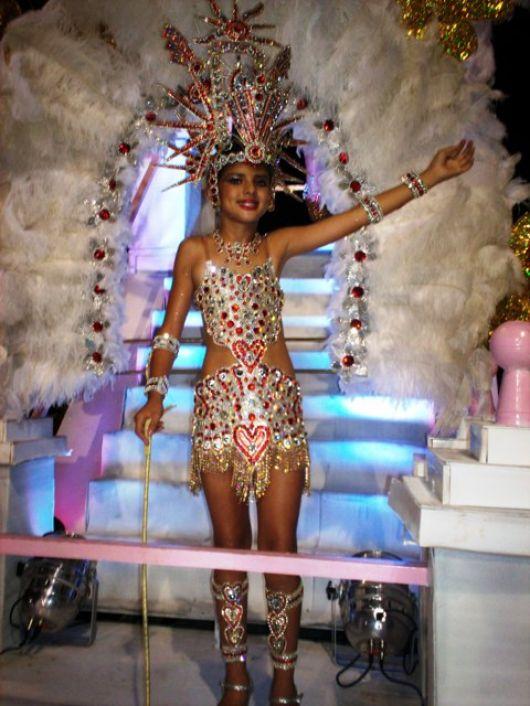 Brillante segunda noche de carnavales
