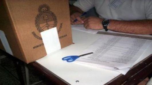 Colombi confirmó que no habrá elecciones desdobladas