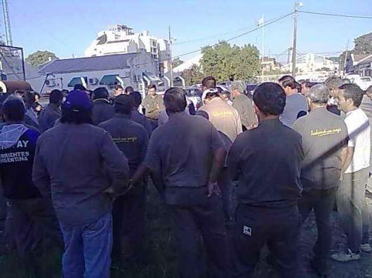 En la DPEC vuelven los reclamos por retraso salarial