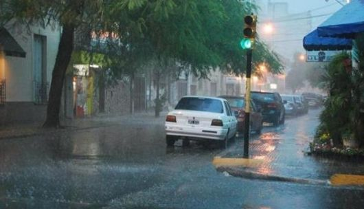Llueve intensamente sobre Corrientes