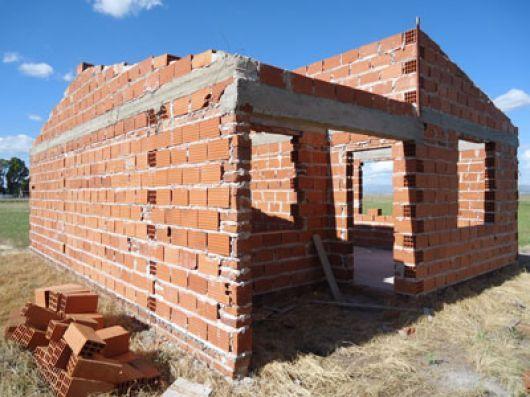 Unas 200 familias correntinas construyen sus casas por el sistema Procrear