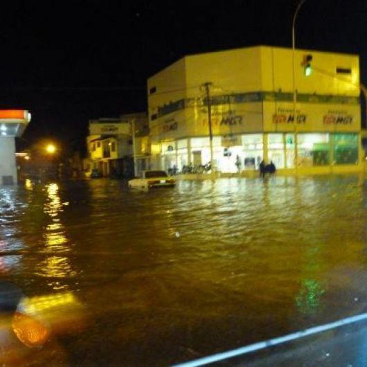 Llovió 55 milímetros en la Ciudad, con algunas calles anegadas