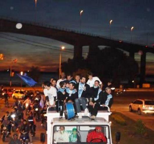 La caravana de la alegría recorrió Corrientes
