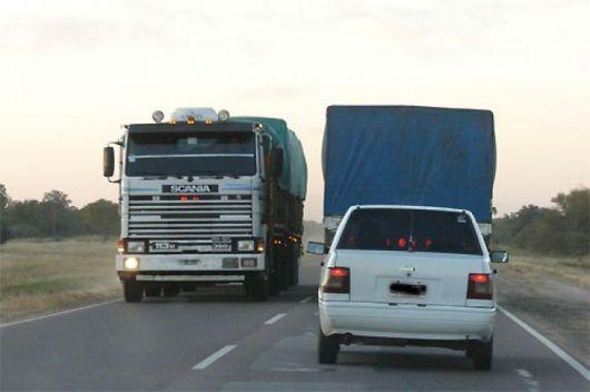 Restrigen desde hoy la circulación de camiones