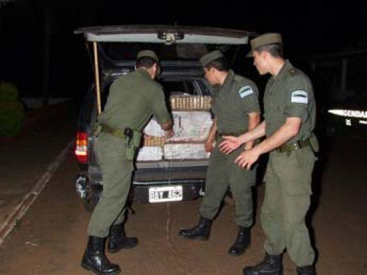 Camioneta narco atravesó suelo correntino y fue detenida en Zárate