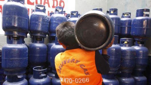 Peligra la provisión de gas por un paro de actividades del gremio en todo el país