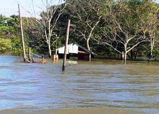 Ciudades de la costa del río Paraná alertas por la creciente