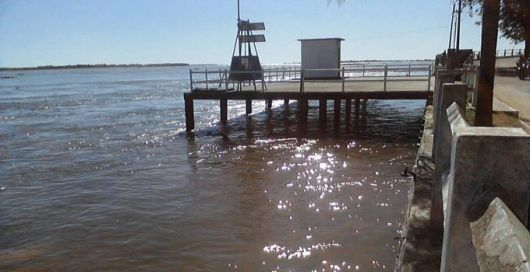 Alerta y evacuación por la crecida del Paraná