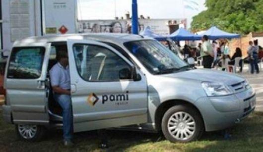 PAMI entregó subsidio a afectados por la inundación