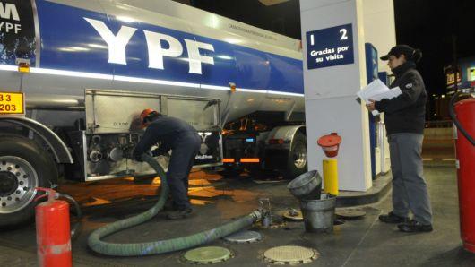 YPF volvió a subir el precio de sus combustibles