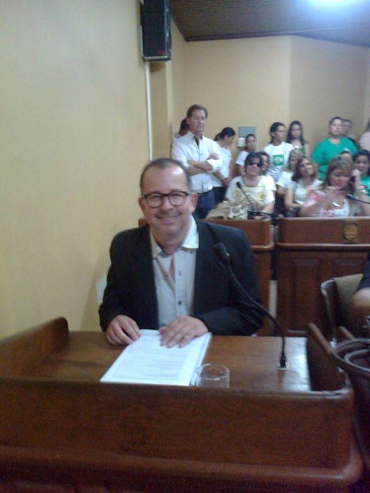 Renuncio Walter Chavez a su banca en el HCD