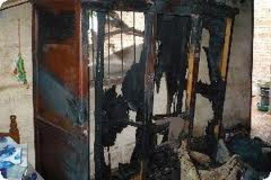 Anciana muere calcinada al incendiarse su vivienda