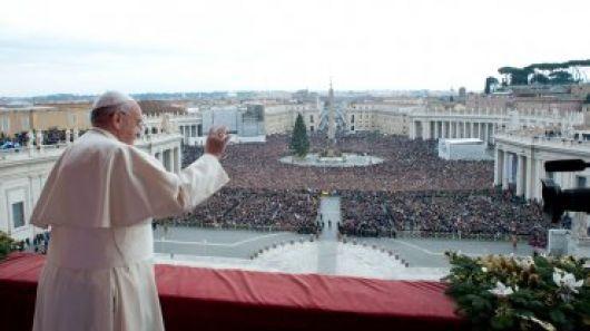 Francisco pidió por la paz mundial en la bendición 'Urbi et orbi' de Navidad