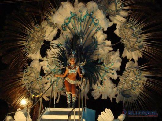 Ituzaingó y Yapeyú inauguran mañana el calendario de carnaval en la provincia