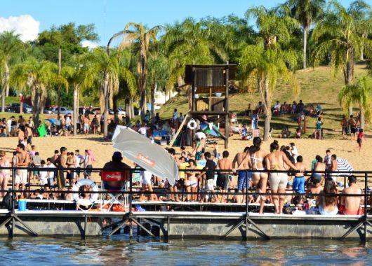 """Torneo de Beach Vóley mixto en la """"Playita"""""""
