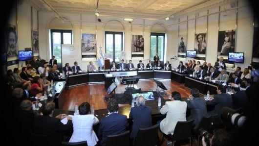 Según medios nacionales varias provincias -entre ellas Corrientes- comenzaron a realizar fuertes ajustes