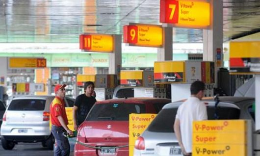 Pese al anuncio oficial en Corrientes Shell no bajó del 12%