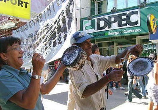 En Goya, trabajadores de DPEC reactivaron medidas y peligra la tregua