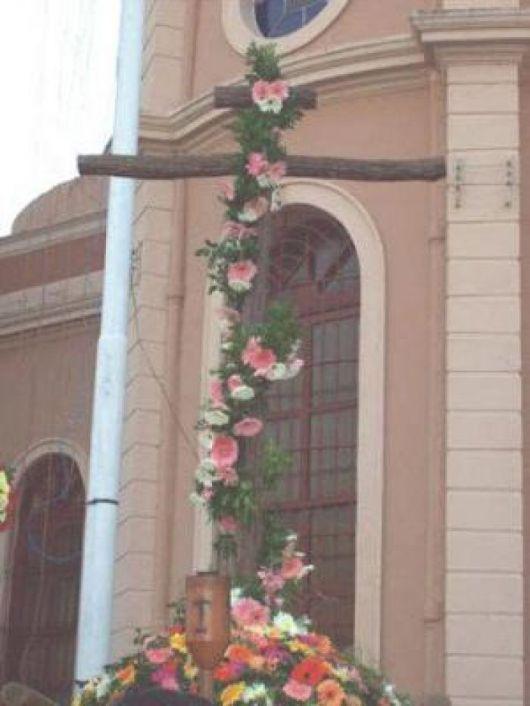 Los correntinos honran su fe ante la Cruz de los Milagros