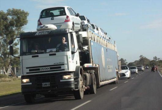 Transportistas alertas por posible paro nacional de camioneros