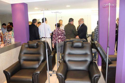 """Inauguran nueva área de oncología en el Vidal, """"modelo en la región"""" y garantizan total acceso"""