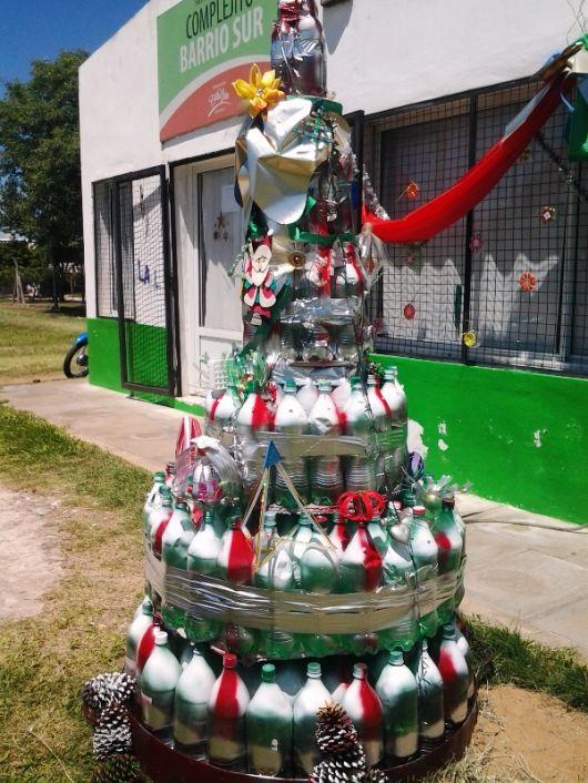Navidad Reciclada en el barrio Los Pinos
