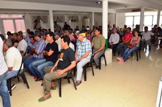 El Ministerio de la Producción de la Provincia y el Municipio, asisten al sector Citrícola