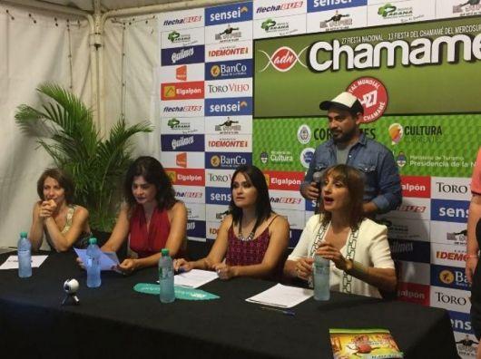 Chamamé Mujer: Roger, Lizarazu, Villamil y Gómez brillaron ante 10 mil personas sobre el Sosa Cordero