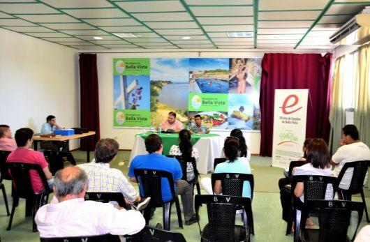 Bella Vista informa sobre programas de Entrenamiento Juvenil