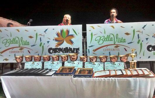 """""""Guaycurú"""" Tricampeona del Carnaval Barrial 2017"""
