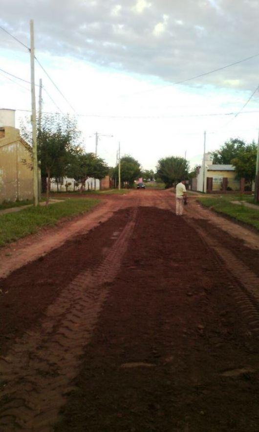 Preparan inversión de casi un millón de pesos en recuperación de calles de tierra