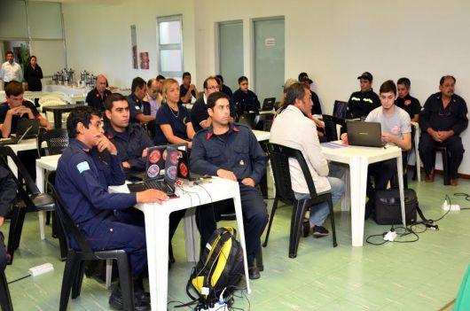 El Consejo Nacional de Bomberos se reunió  en Bella Vista