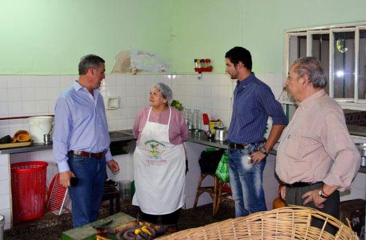 Desmienten suspensión de entrega de bolsones de alimentos para jubilados