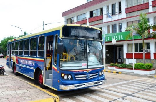 En Bella Vista solo el trasporte público se adhiere al paro nacional del jueves