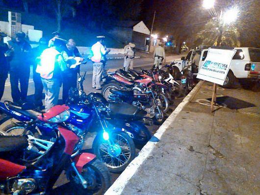 28 vehículos retirados durante el fin de semana largo