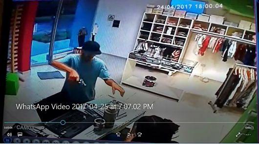 Detienen a dos personas y recuperan lo robado, tras el hecho del lunes por la tarde