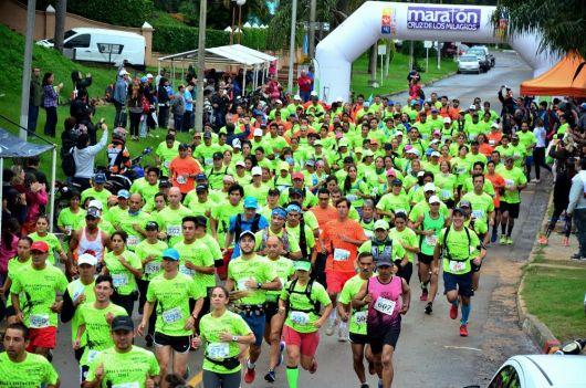 Imponente largada del 4º Maratón Cruz de los Milagros