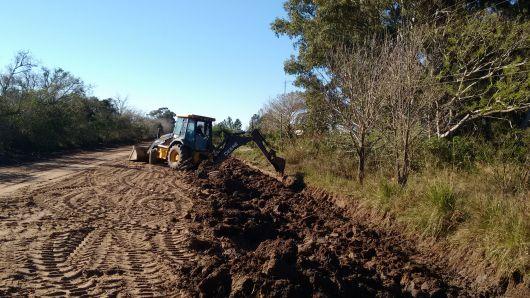 El municipio avanza en obras de enripiado en Colonia Progreso