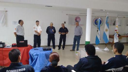 20 dotaciones de Bomberos Voluntarios de la provincia, participaron de  un  Entrenamiento en Espacios Confinados