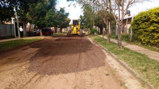 Avanzan con los trabajos del mejoramiento de calles en la zona sur