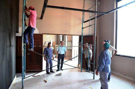 Restauración del Edificio de la Sociedad Italiana: el Intendente Visito las Obras