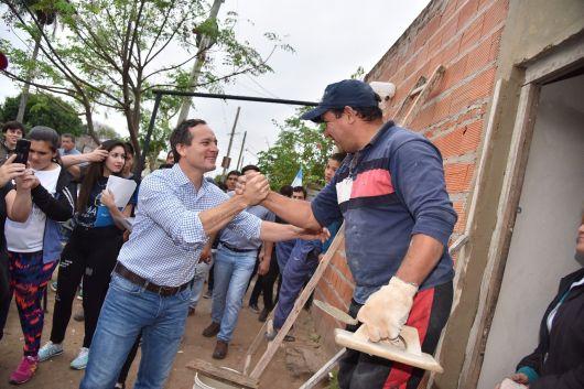 """Camau recorrió el barrio Quilmes:  """"La gente sabe que estamos de su lado"""""""
