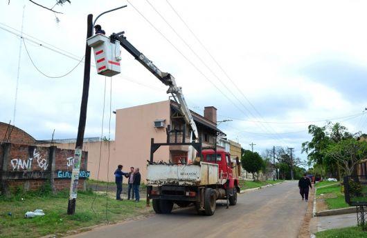 Iluminación de la calle Jujuy y Extensión de redes cloacales en el Aeroclub