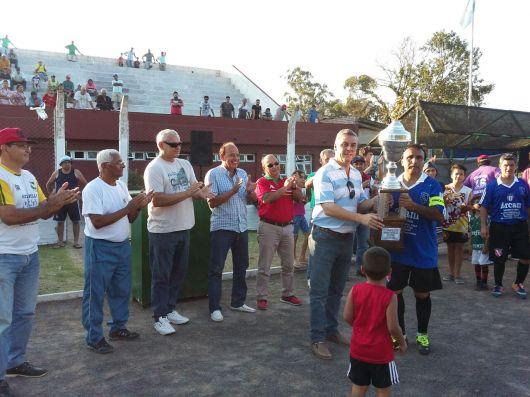 Hipódromo campeón de los veteranos 50, en Bella Vista