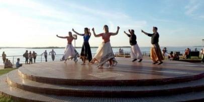Academias de Bella Vista festejaron el día internacional de la danza