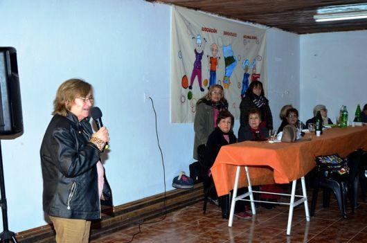 El PP entregó elementos a la Asociación Juventudes Acumuladas