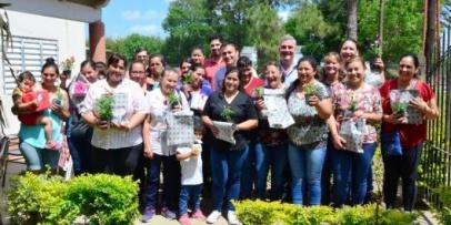 Chavez festejó junto a las madres en Isla Alta
